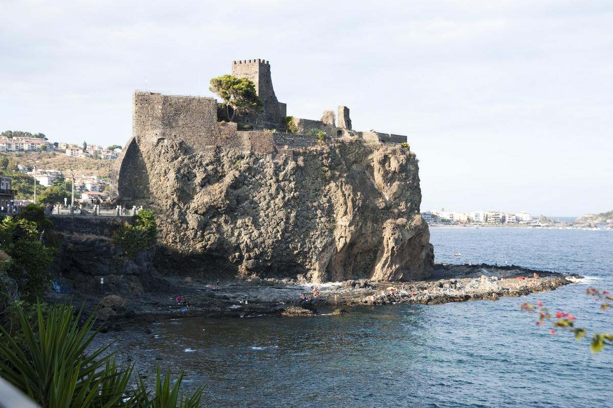 Matrimonio Rustico Sicilia : Tra pizzi e merletti il matrimonio siciliano di titti