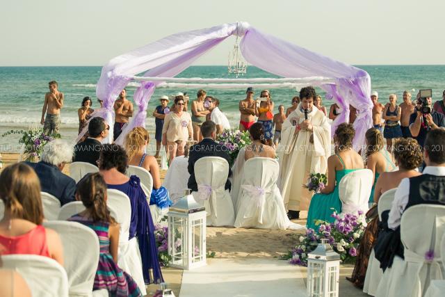 Matrimonio In Spiaggia Sicilia : Destination wedding sicilia romantico e glamour matrimonio